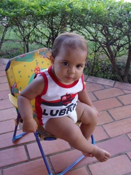 alice_rubro_negra02